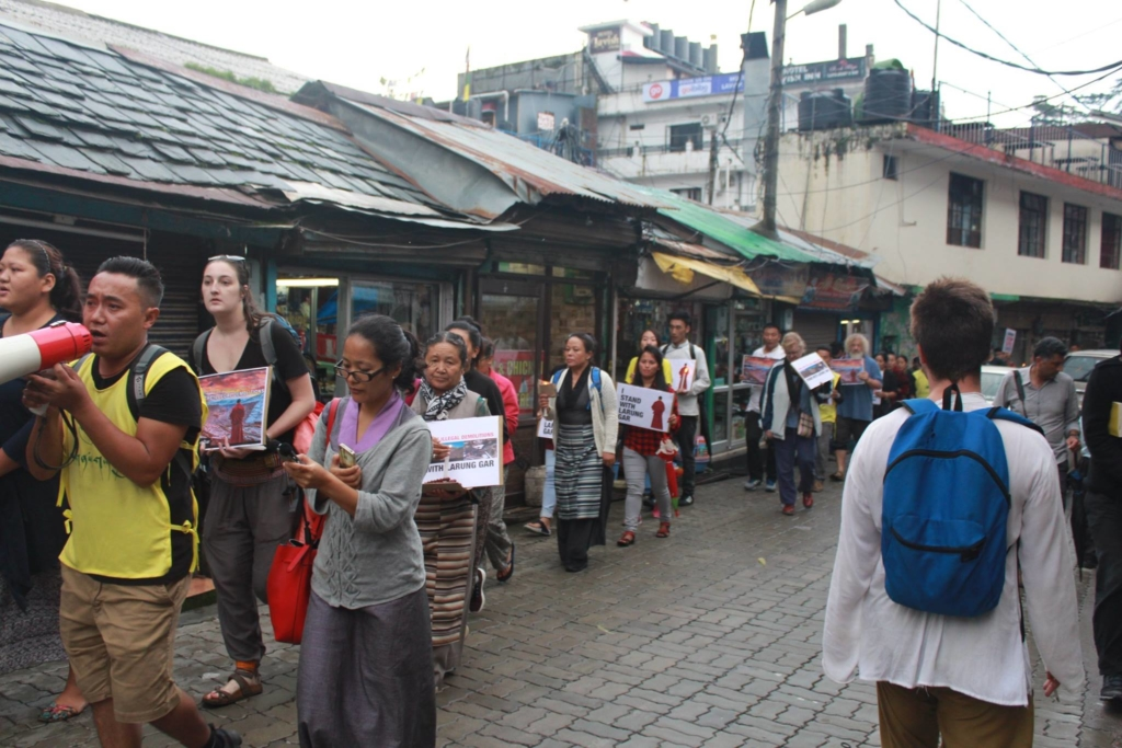 larung gar protest 4